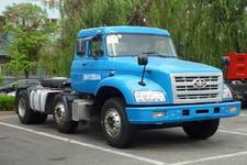 解放牌CA4251K2R5T3EA80型长头柴油牵引车图片