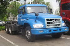 解放牌CA4250K2R5T1EA80型长头柴油牵引车图片