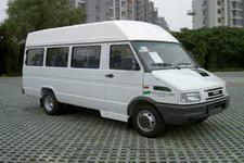 依维柯牌NJ6606SFF6型依维柯轻型客车图片