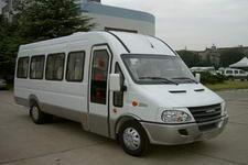 依维柯牌NJ6713TR16型依维柯客车图片