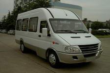依维柯牌NJ6606DA6型中型客车图片