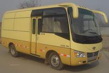 长鹿牌HB5050X1型厢式运输车图片