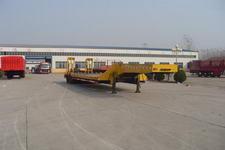 骜通15.5米29吨4轴低平板半挂车(LAT9403TDP)