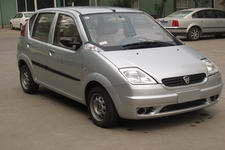 哈飞牌HFJ7110E4型轿车图片