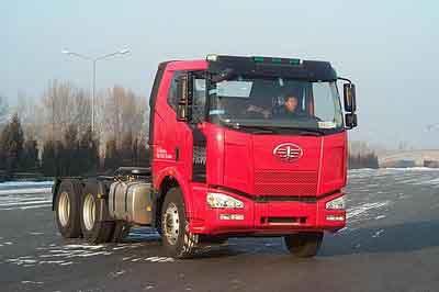 解放后双桥,后八轮集装箱半挂牵引车265马力(CA4250P63K2T1A1HEX)