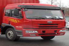 解放牌CA5167XXYP1K2L2EA80-2型篷式运输车图片