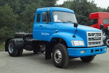 解放牌CA4117K2R5EA80型长头柴油牵引车图片