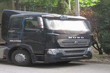 豪泺牌ZZ4257N324MD1Z型集装箱半挂牵引车图片