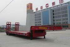 杨嘉12米29.5吨4轴低平板半挂车(LHL9406TDPA)