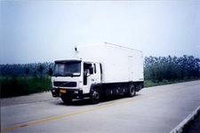 斯秦克达牌BYN5151XTX型通讯车
