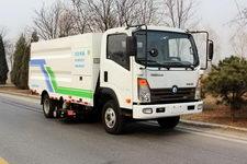 天路BTL5080TXCEV型纯电动吸尘车