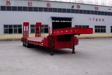 粱锋12.5米30吨3轴低平板半挂车(YL9400TDP)