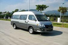 5.2-5.3米|10-14座金龙轻型客车(XMQ6530E24)