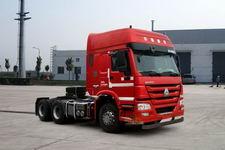 豪沃牌ZZ4257N3247D1BM型甲醇/柴油双燃料牵引汽车图片