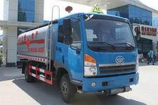 程力威牌CLW5160GRYC4型易燃液体罐式运输车