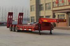 坤博12米31吨3轴低平板半挂车(LKB9400TDP)