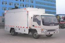 程力威牌CLW5040XWT4型舞台车