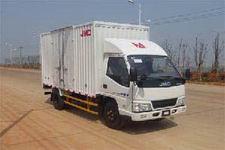 江铃汽车国四单桥厢式运输车109马力5吨以下(JX5044XXYXGK2)