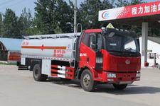 程力威牌CLW5163GYYC4型运油车