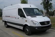 梅赛德斯-奔驰牌FA5050XXY型厢式运输车