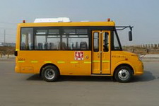 楚风牌HQG6582EXC5型幼儿专用校车图片2