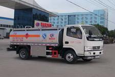 程力威牌CLW5071GJYD5型加油车