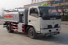 程力威牌CLW5072GJYD4型加油车图片