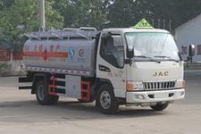 CLW5070GJYH4型程力威牌加油车图片