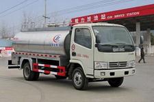 国五多利卡鲜奶运输车