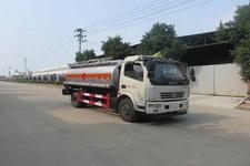 特运牌DTA5110GJYD5型加油车图片