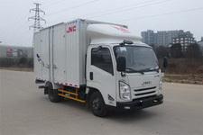 江铃牌JX5040XXYXC2型厢式运输车图片