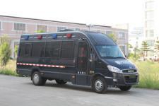 宝龙牌TBL5050XYB型运兵车