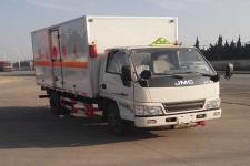 江铃国五4米2易燃液体厢式运输车