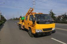 鑫意牌JZZ5061TQX型护栏抢修车图片