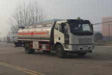 国五解放J6油罐车