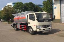 程力威牌CLW5070GRY5型易燃液体罐式运输车图片