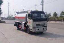 国5多利卡8吨加油车