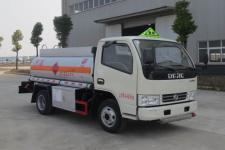 蓝牌东风多利卡2吨加油车包上户挂靠厂家大促销