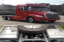乘龙牌LZ4250T7DB型危险品运输半挂牵引车图片