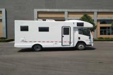 一汽凌河牌CAL5041XLJE5型旅居車圖片