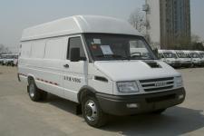 依维柯牌NJ5045XXY3A型厢式运输车