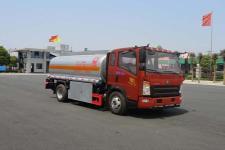 国五重汽加油车