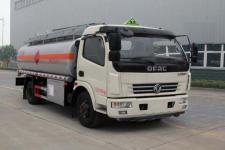 油罐车厂家直销2至40吨油罐车18727972525