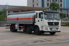 东风小三轴18吨运油车