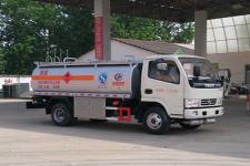 东风多利卡油罐车