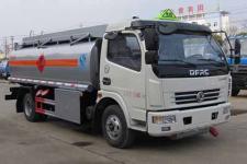 国五东风多利卡8吨加油车油罐车价格