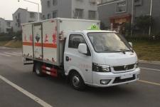 国六东风腐蚀性物品厢式运输车