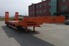 鑫华驰13米30.2吨3轴低平板半挂车(THD9401TDP)