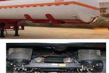 醒狮牌SLS9400GYYA型铝合金运油半挂车图片