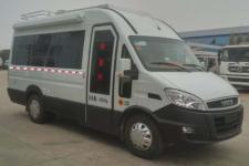 程力威牌CLW5044XLJN5型旅居车